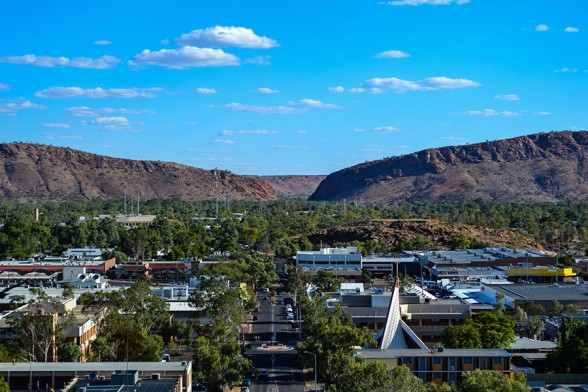 Alice Springs, Heavitree Gap