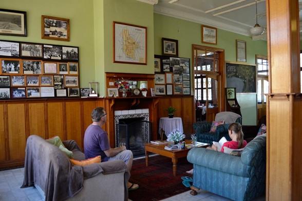 Charleville - Corones Pub
